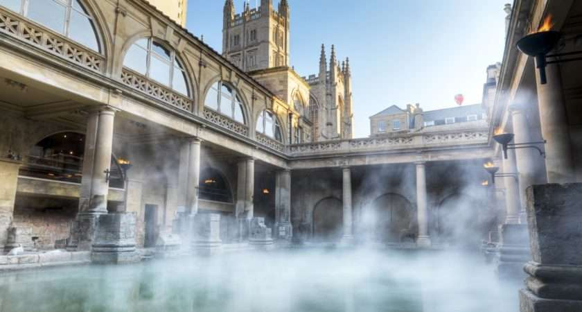 Roman Baths Bath Tourism Accommodation Restaurants