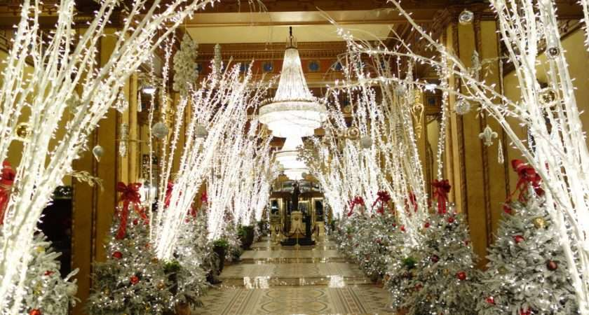 Roosevelt Hotel New Orleans Holiday Decorations