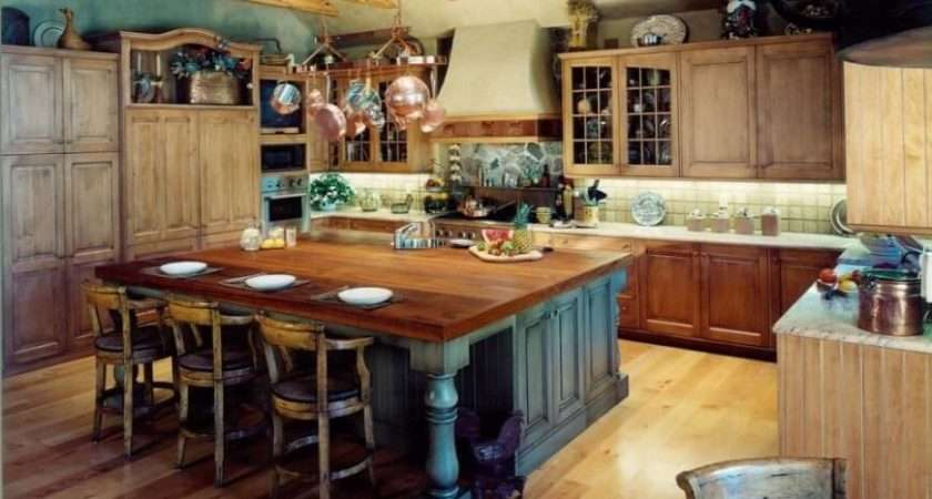 Rustic Country Kitchen Enormous Imposing Eat Island