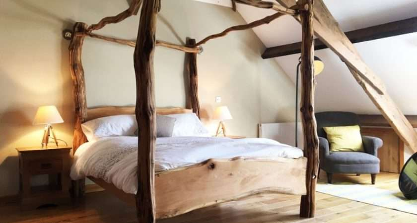 Rustic Oak Four Poster Tree Bed