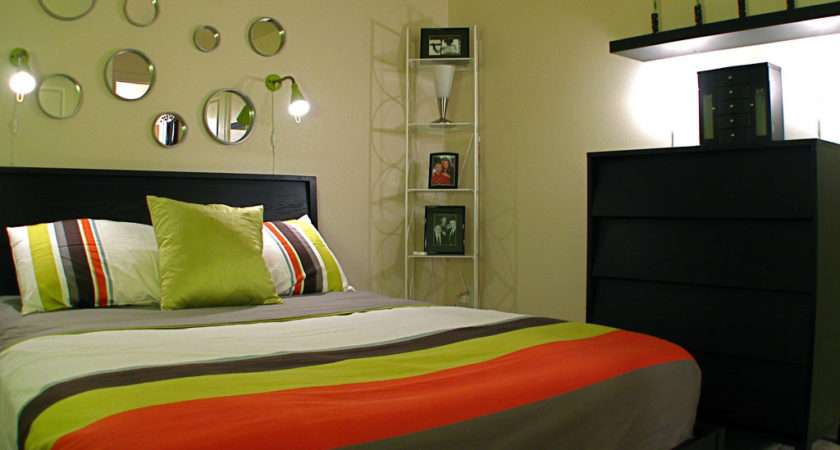 Small Bedroom Decorating Ideas Common Man