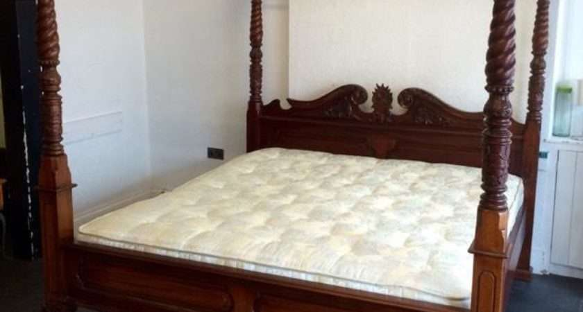 Solid Oak Four Poster Queen Bed Matching Double