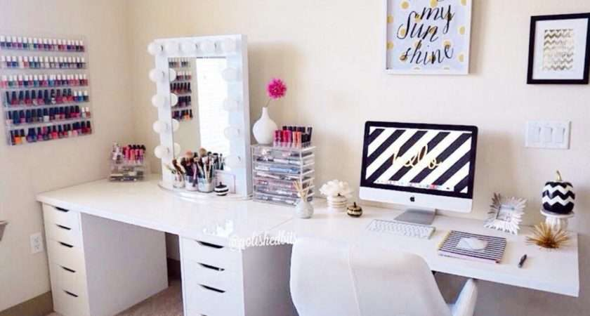 Styling Ideas Teen Girls Desks Organised Housewife