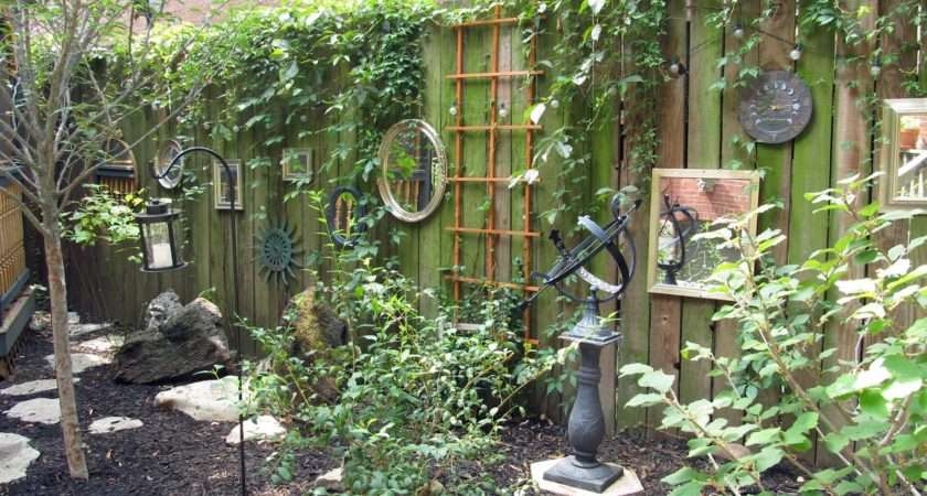 Summit Musings Friday Fences Garden Old