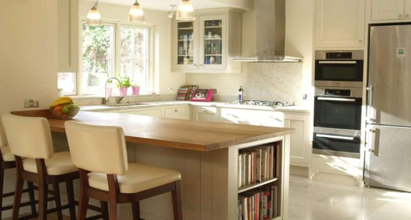 Top New England Style Kitchen Within Inspiration