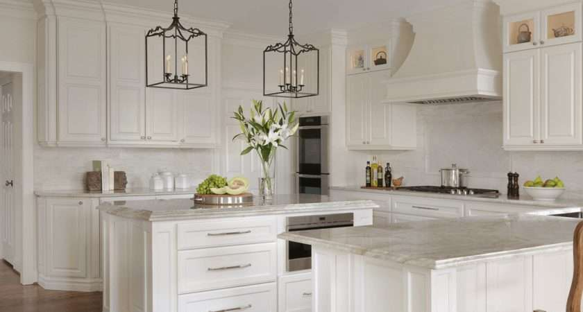Traditional White Kitchen Beck Allen Cabinetry
