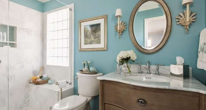Using Bold Colors Bathroom