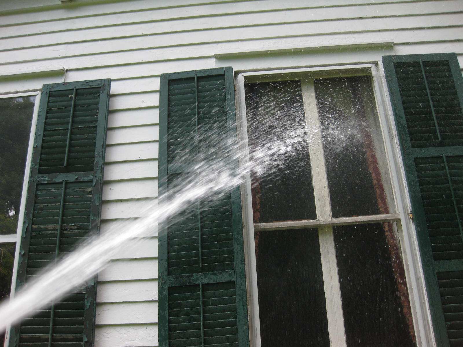 Using Garden Hose Spray Nozzle Attached Give Each Window