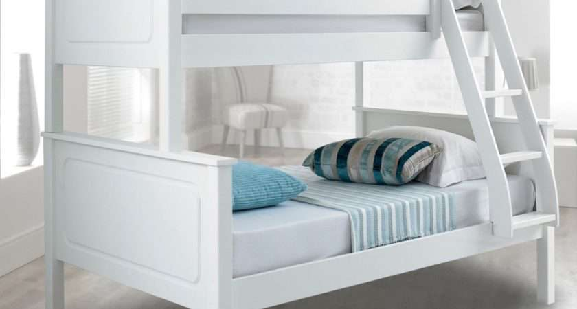 Vancouver White Finish Solid Pine Wooden Triple Sleeper