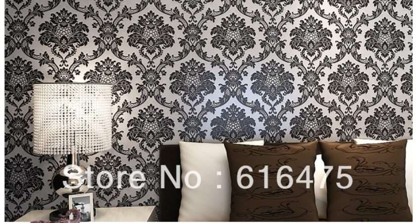 Vintage Classic Black Silver French Modern Damask Feature