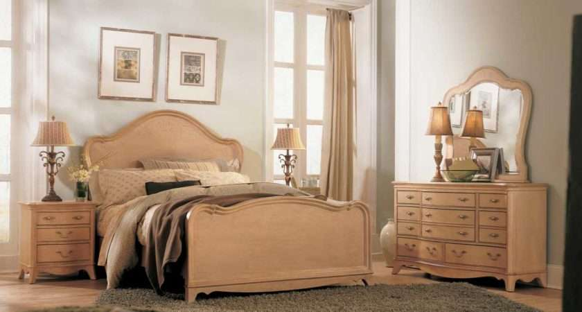 Vintage Inspired Bedroom Furniture Decobizz