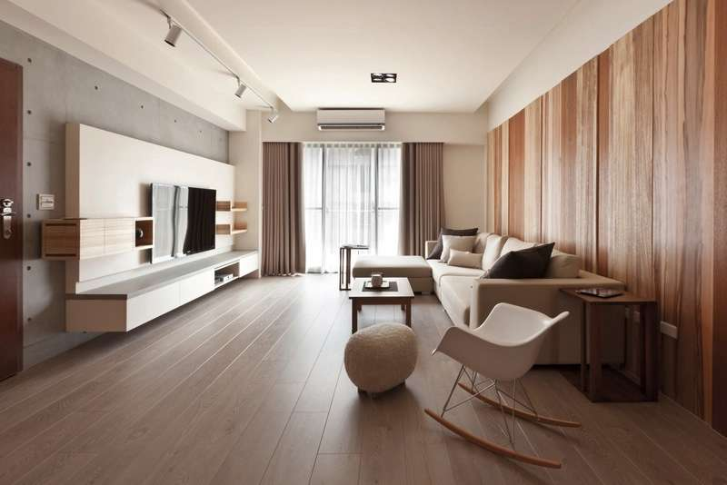 While Long Narrow Design Modern Living Room Offers Plenty