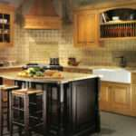 Why Choose Custom Kitchen Cabinets Over Premade