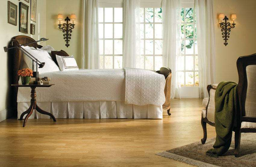 Wood Laminate Flooring Bedroom Comfortable Home Design