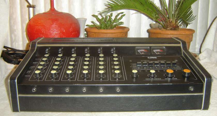 Yamaha Channel Mixer Power Amp Spring